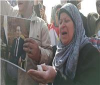 فيديو| وسط حضور شعبي ورسمي.. توديع مبارك «بدموع الحزن»