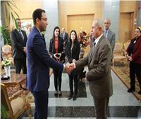الأكاديميه العربية للعلوم توقع اتفاقية تعاون مع جامعة ESCbusiness