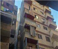 بالصور| «قليل البخت».. انهيار شرفة عقار فوق عروسين بالإسكندرية