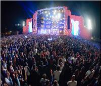 صور| تامر حسني و15 نجما عربيا وعالميا يشعلون مهرجان «JTTX»