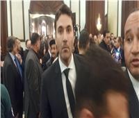 أحمد عز يصل عزاء الرئيس الراحل مبارك