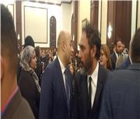 فيديو| عمرو مصطفى يصل عزاء الرئيس الراحل مبارك