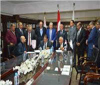 توقيع عقود 3 محلات بسور النادي الزمالك للبنك الأهلي