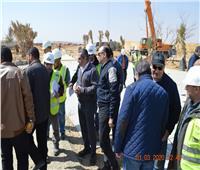 نائب وزير الإسكان يتفقد مشروع الحدائق المركزية بالعاصمة الإدارية