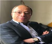 أشرف رضا رئيسًا للجنة تحكيم الفنون التشكيلية بملتقى «أولادنا»