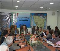«فودة» يترأس اجتماع المتابعة مع مديرى الإدارات ورؤساء المدن