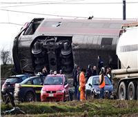 إصابة 21 شخصا جراء خروج قطار سريع عن مساره في فرنسا