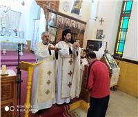 الأنبا باخوم بكنيسة سانت تريزا المحلة