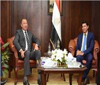 وزير الرياضة يطمئن على بعثات الأهلي والزمالك والمصري