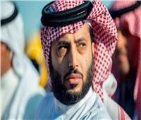 تركي آل الشيخ يحصل على العضوية الذهبية في النادي الأهلي السعودي