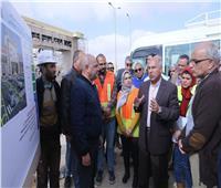صور| وزير النقل عن «القاهرة – أسوان»الصحراوي:يسهل التجارة بالصعيد
