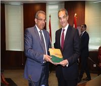 وزير الاتصالات يقبل استقالة رئيس البريد