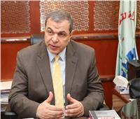 تسليم 76 شهادة «أمان»للعمالة غير المنتظمة ببورسعيد