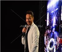 صور| مدحت صالح وحمادة هلال يُشعلان حفلهما بالإسكندرية