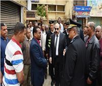 محافظ أسوان يشهد إزالة 5 محلات بجوار مركز شباب المدينة