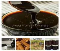 لا فرق بينه وبين الأصلي.. العسل الأسود المغشوش «علف حيوان» أو مادة لـ«المعسل»