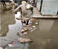"""الأمطار تغرق منازل """"نجع العرب"""" و""""جنوب المتراس"""" بالإسكندرية"""