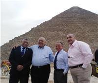 رئيس الاتحاد الدولي لكمال الأجسام: مصر أم الدنيا والأهرامات معجزة
