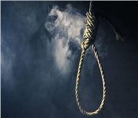 بسبب أزمة نفسية.. انتحار شاب شنقًا داخل منزله بالمحلة
