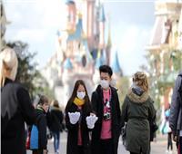 فرنسا تغلق الأماكن العامة «غير الضرورية» بسبب كورونا