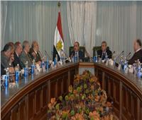 نتائج اجتماع وزير الطيران المدني عقب إعلان وقف الحركة الجوية