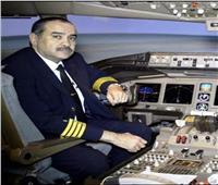 وزير الطيران يقود رحلة خاصة لإعادة مصريين من بريطانيا