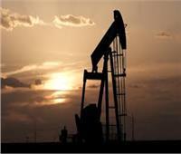 النفط يهبط لأدنى مستوى في 17 عاما بفعل مخاوف من ركود عالمي