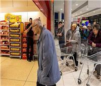 «ضرورية أم غير إنسانية؟».. قرارات ضد كبار السن تثير الجدل وسط أزمة «كورونا»
