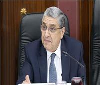 وزير الكهرباء يتابع شبكات التوزيع التالفة بسبب سوء الطقس