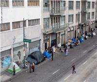 حاكم كاليفورنيا يتوقع إصابة 56٪ من سكانها بكورونا خلال 8 أسابيع