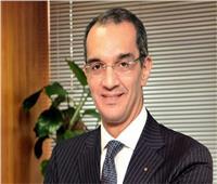 فيديو| وزير الاتصالات يكشف خطة تطوير شبكة الإنترنت في مصر