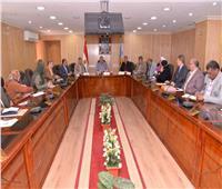 محافظ أسيوط يترأس اجتماعا لمتابعة الإجراءات الاحترازية لمواجهة كورونا