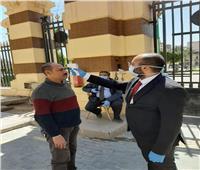 محافظ القاهرة جميع العاملين يخضعون للكشف الحراري عند الدخول