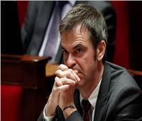 فرنسا توقع طلبيات لتوفير أكثر من 250 مليون كمامة طبية للحد من تفشي فيروس كورونا