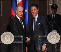 طائرة مساعدات روسية تصل إيطاليا لمكافحة فيروس كورونا