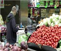 وسط مخاوف كورونا.. «متجر مصري» يخصص ساعة تسوق للمسنين  فيديو