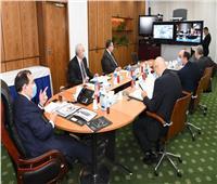 وزير البترول يوجه بالتوسع في استخدام التكنولوجيا الحديثة بالمشروعات البترولية