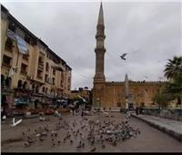 «مدد يا حسين»  الجمعة الأولى.. المسجد بدون مصلين والحمام يملأ الساحة