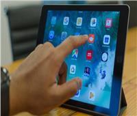 التعليم: أجهزة تابلت طلاب الصفين الأول والثاني الثانوي مجهزة للدخول على المنصات