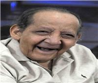أسرة الفنان الراحل جورج سيدهم يشيعون جثمانه بكنيسة العذراء بمدينة نصر