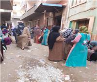 امسك مخالفة| زحام المواطنين على أحد المخابز في إحدى قرى طنطا