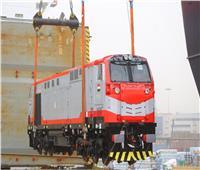 بالصور| وصول 20 جرار سكة حديد جديدة إلى ميناء الإسكندرية