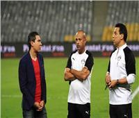 مدرب منتخب مصر في مران منزلي مع الأبناء ضد الكورونا
