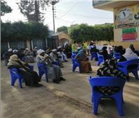 محافظ المنيا يتابع صرف المعاشات بالمنافذ الإضافية المخصصة لمواجهة كورونا