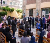 محافظ الإسكندرية يخصص ٣١ مدرسة لصرف معاشات إبريل