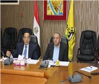 رئيس الوزراء يتابع أوضاع كورونا بشمال سيناء