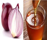 15 فائدة مذهلة عند تناول البصل مع العسل