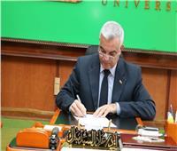 مجهول يدشن صفحةمزورة باسم رئيس جامعة المنوفية على «فيسبوك»
