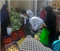 الزراعة تدفع بـ3 سيارات لبيع السلع الغذائية والخضراوت ببنها
