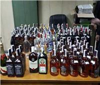 «خمور دليفري»..ضبط شخص بحوزته زجاجات مشروبات كحولية مهربة من الجمارك